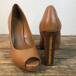 Tory Burch Cantrelle Peep Toe Tan Brown Pumps 11